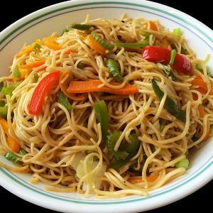 veg-hakka-noodles