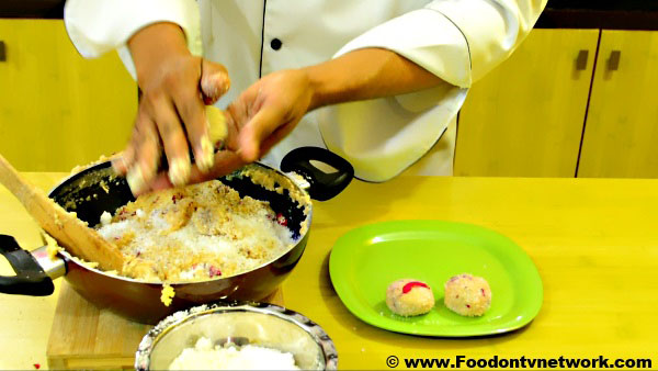 How to Cook Gulab Ladoo Recipe.