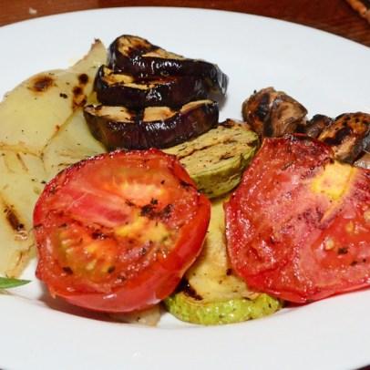 Moldovan Food - Restaurant Orasul Vechi - Grilled Vegetables