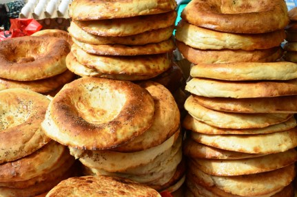 Dushanbe - Shah Mansur Bazaar - Bread