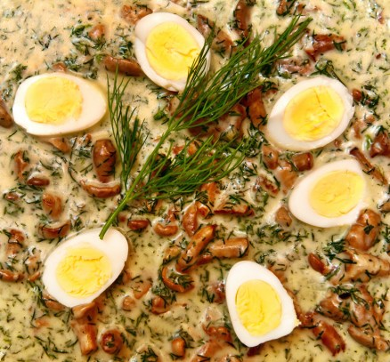 Czech Republic - Olomouc - Moravská Restaurant - Chanterelles, Cream and Dill Sauce, Quail Eggs