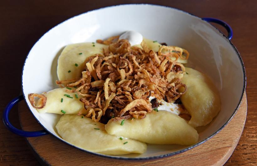 Bratislava - Bratislavský Meštiansky Pivovar - Pirohy with Bryndza, Bacon, Onion and Sour Cream