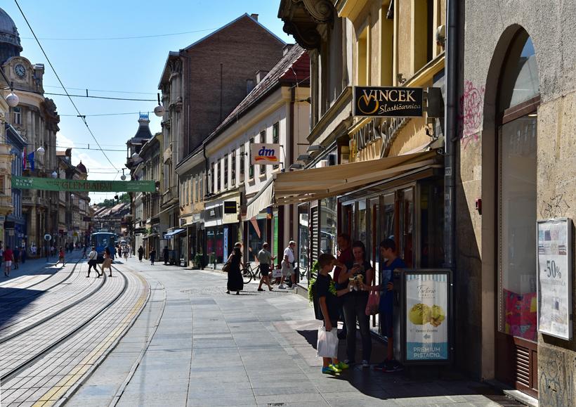 Croatia - Vincek Pastry Shop