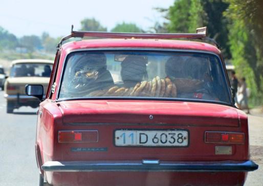 Uzbekistan - Road to Oybek Border
