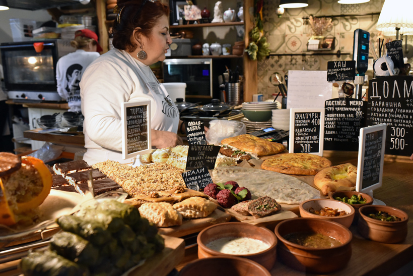 Moscow - Danilovsky Market - Amernian Food