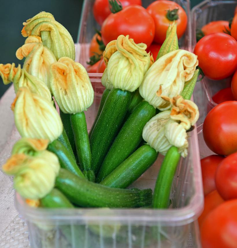 Zagreb - Dolac Market - Zucchini Flowers