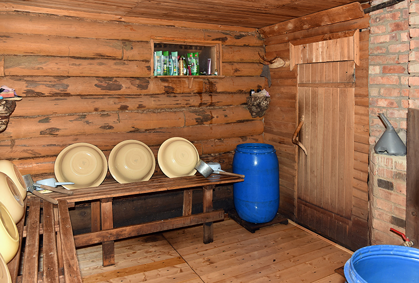 Kola Peninsula - Lovozero - Bear's Corner Camp