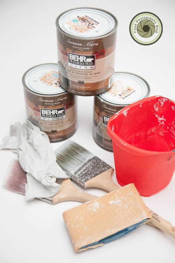 How to make distressed wood backgrounds for photo shoots for Pot painting materials required