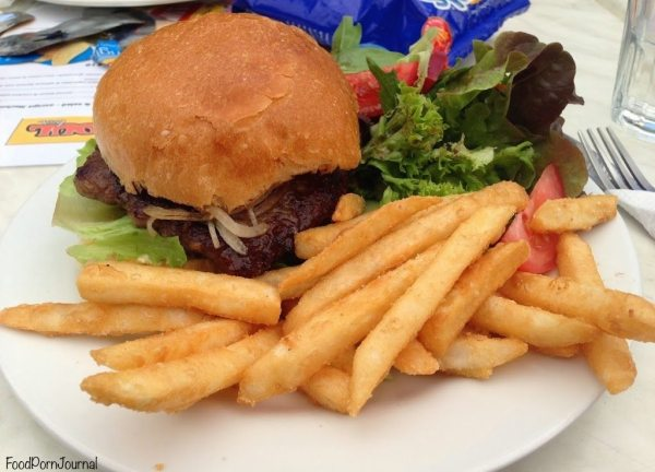 Soul Bar burger