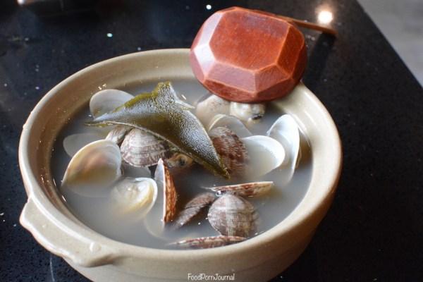 Bon Kura Dickson sake wine broth clams