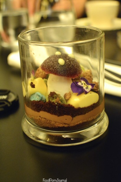 Om Nom Dessert Bar Melbourne mini chocolaterrarium