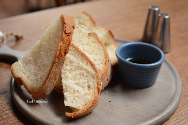 Salotto Kingston bread