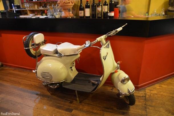 La Dolce Vita Kingston scooter