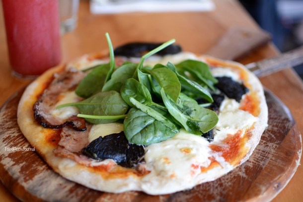 Bib & Tucker Fremantle breakfast pizza