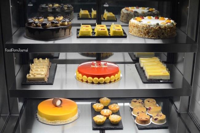 Casey Jones Gastropub cake display