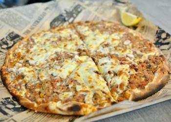 Al Manoosh Mawson meat cheese pizza