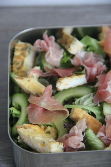 omelet reepjes salade