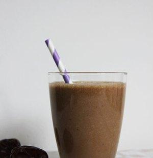 Banaan dadel koffie smoothie