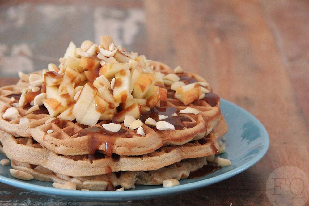 Havermoutwafels met appel en karamel