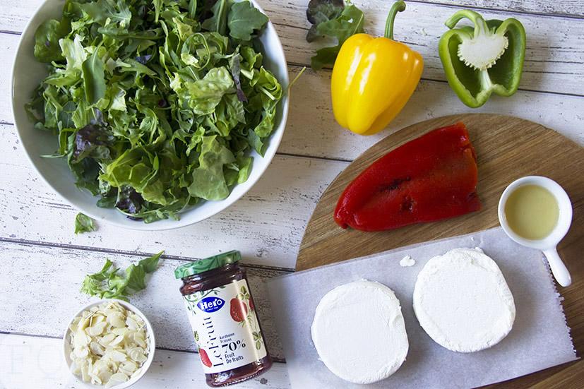 Salade met geitenkaas en aardbeiensaus