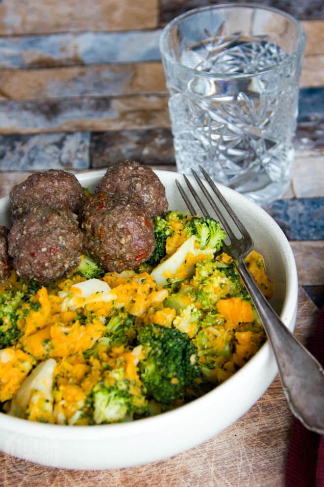zoete aardappel-broccolistamp