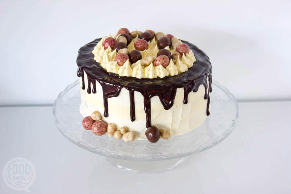 Dripcake met witte chocolade botercrème