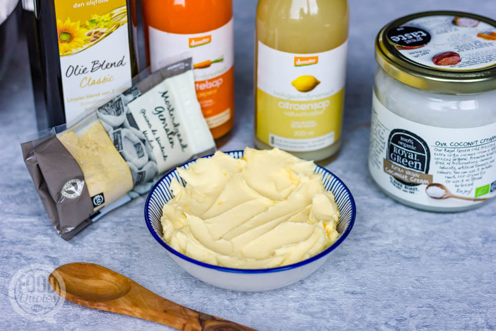 DIY margarine; maar 5 ingrediënten nodig!