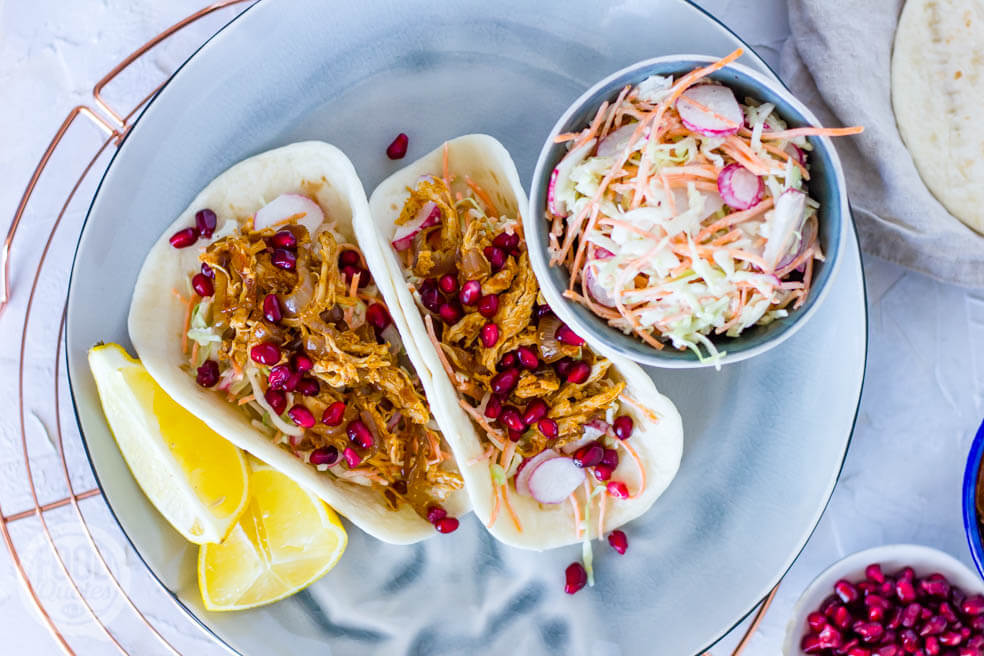 Taco's met pulled chicken en koolsla