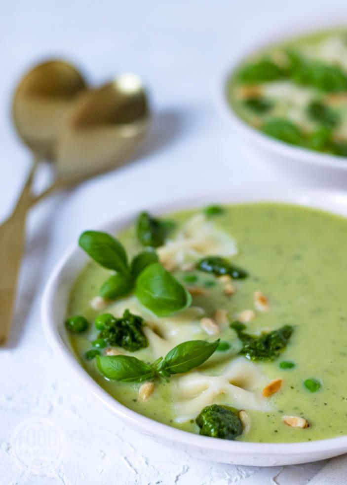 Courgette-erwten soep