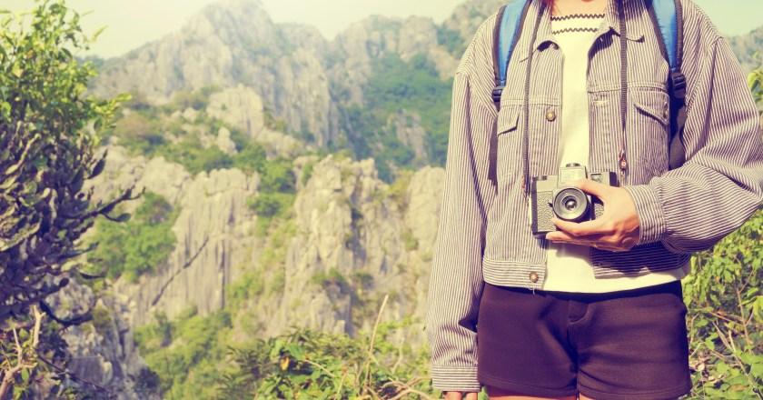 Why do travelers need camera?