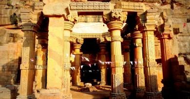 Neelkanth Temple