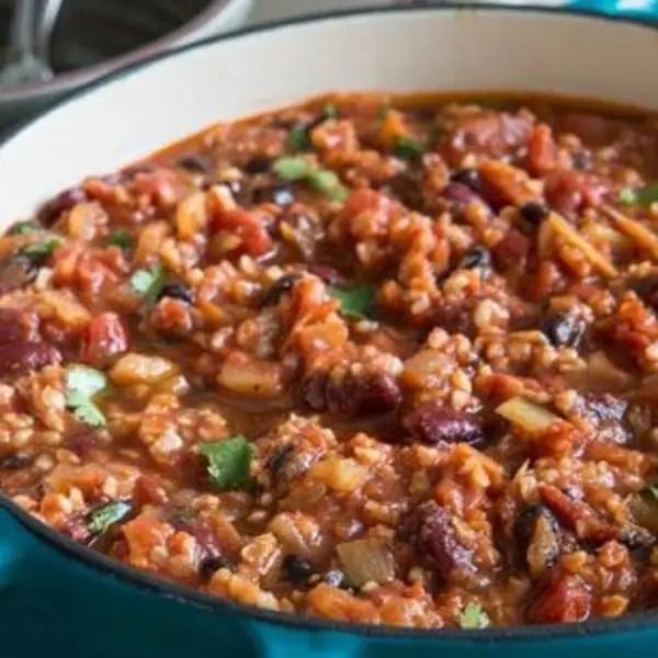 Vegan chilli with peanut butter cabbage – Recipe 1