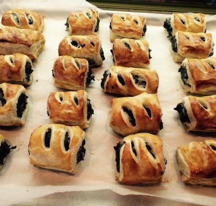 Black pudding sausage rolls food recipes
