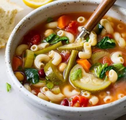 Easy minestrone soup: Recipe 9