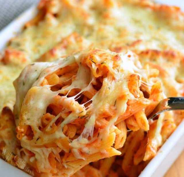 Garlic and cheddar pasta bake – Recipe 1