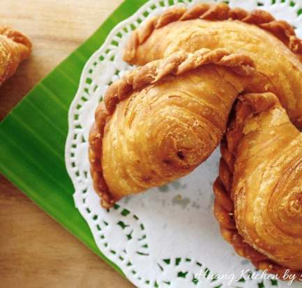 Easy Vegetarian Curry Puffs – Recipe 3