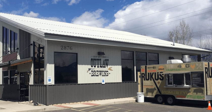 Tim'S Food Rukus at Outlaw Brewing