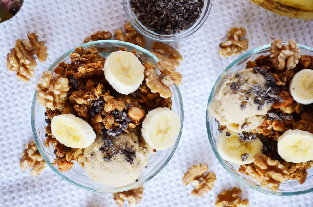 banana-peanut-butter-ice-cream-with-breakfast-granola