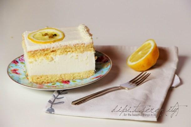 Biskuit Zitronen-Buttermilch-Torte