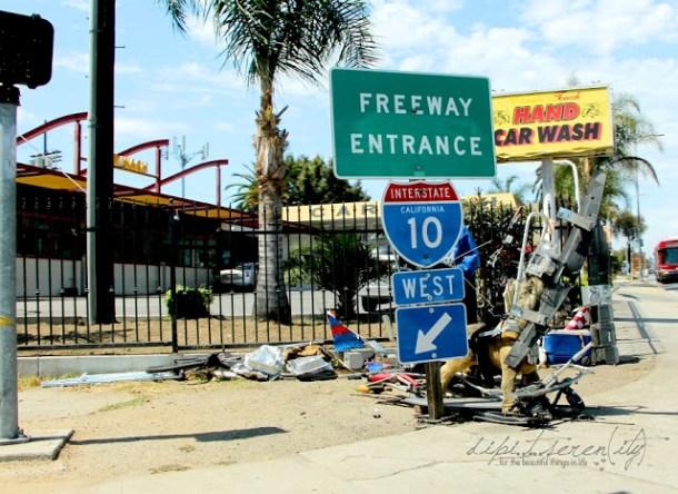 Kunst eines Obddachlosen in Los Angeles