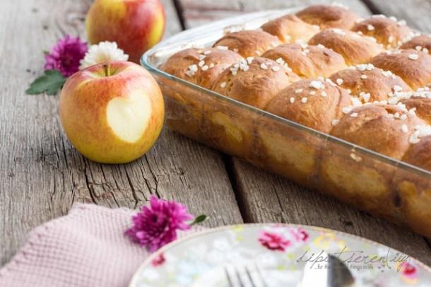 Karamelisierte Apfel-Brioche