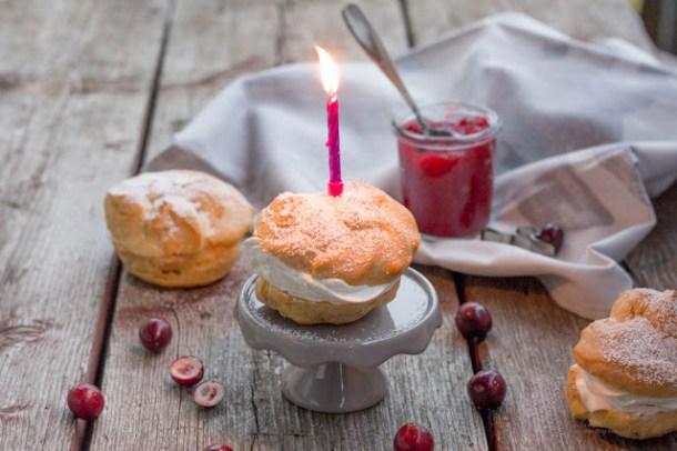 Cranberry-Rum-Windbeutel - Geburtstagswindbeutel