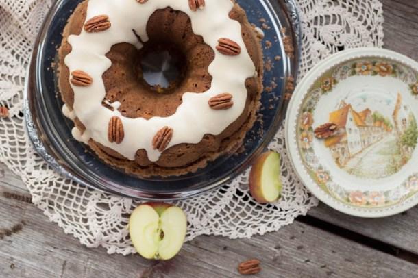 Pumpkin-Apple-Bread with upside down Honey-Streusel