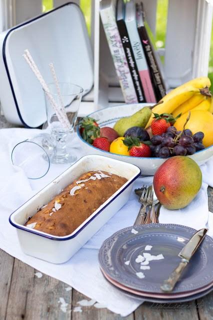 Mango-Kokos Brot mit Macadamia Nüssen - Tchibo Landhausküche