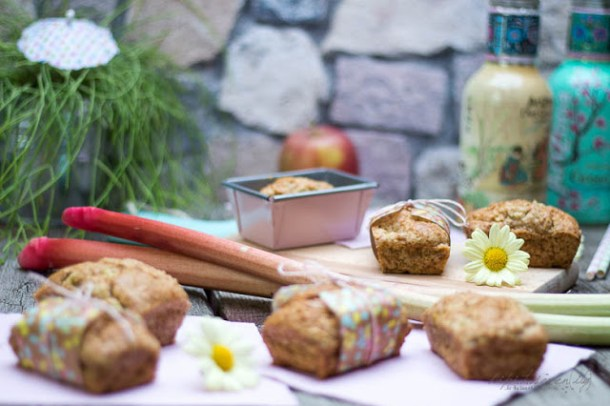 Schmand Rhabarber-Apfel Kuchen - #ichbacksmir