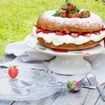 Hot Milk Mascarpone Strawberry Cake