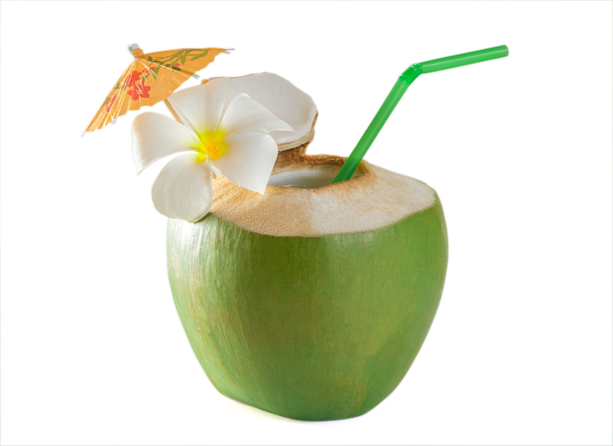 coconut water: 18 health benefits and known side effects
