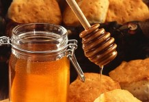 honey as sugar substitute