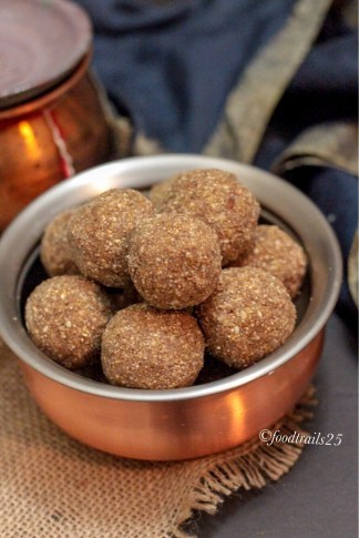 Whole Wheat Ragi and Edible Gum Ladoo