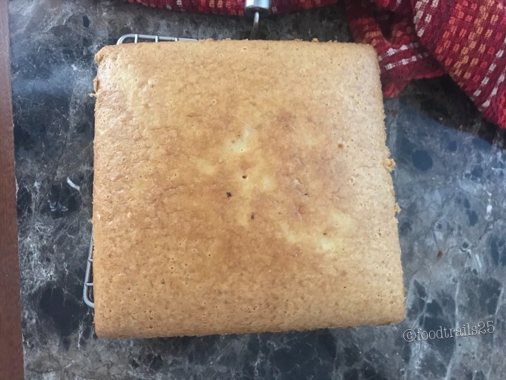 Vailla Sponge Cake